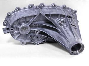 Chevy/GMC Duramax - 2004.5-2005 GM 6.6L LLY Duramax - Merchant Automotive - A11 263XHD and 261XHD Rear  Transfer Case Housing