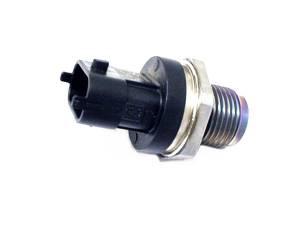 Chevy/GMC Duramax - 2011-2016 GM 6.6L LML Duramax - Merchant Automotive - Fuel Rail Pressure Sensor, LML, 2011-2012